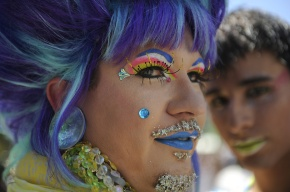 Photo of a drag queen.